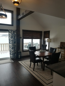 Property: Stunning New 2-Bedroom Oceanfront Cottage Photo 6